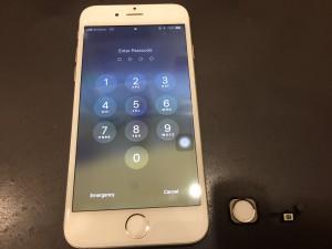 iPhone6のホームボタンの画像
