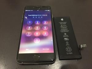 iPhone6のブラックでバッテリー修理画像