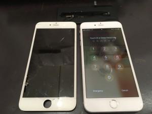 iPhone6と交換後のパネルとバッテリー