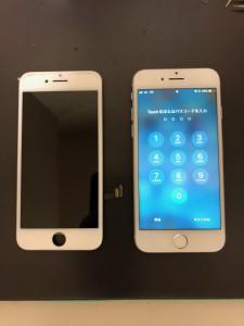 iPhone7と交換した液晶不良のパネル