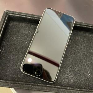 iPhone SE2 ガラスコーティング