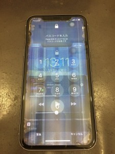 iPhone液晶漏れ